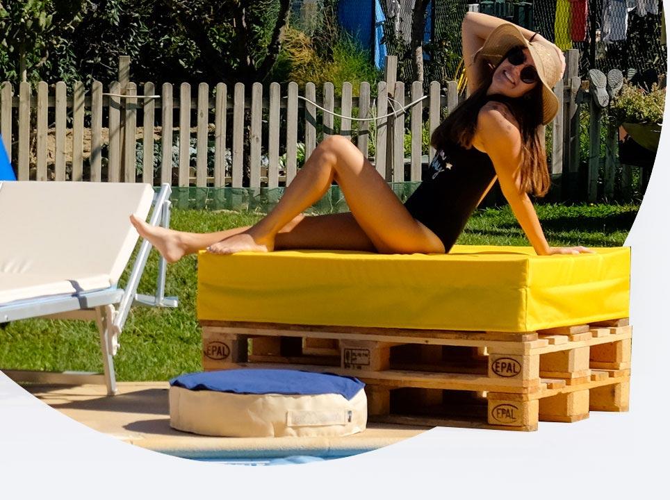 divano pallet ecopelle Pomodone