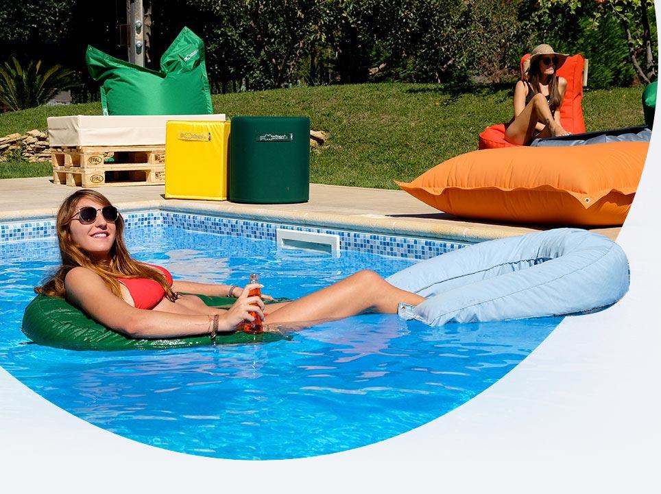 Galleggianti per il relax in acqua