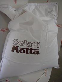 cuscino-gigante-personalizzato-Motta
